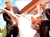 El día de su boda se monta una orgía con los invitados